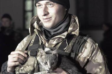 Как в Одессе встречали 200 бойцов Нацгвардии: котенок с передовой и предложение любимой