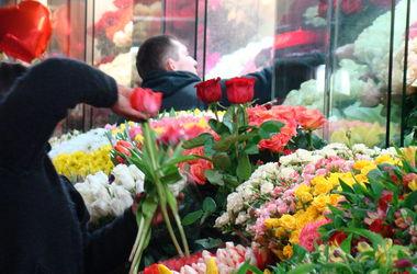 Сколько в  Киеве придется потратить на праздничный букет