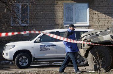 Автомобиль ОБСЕ попал в ДТП на Донбассе