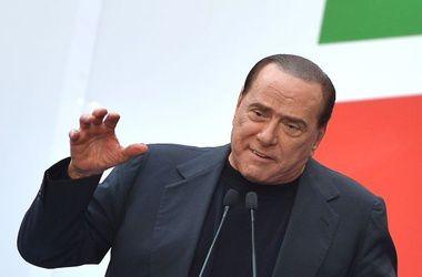 Берлускони отработал наказание в доме престарелых