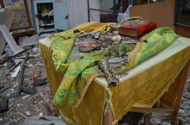 Боевики разрушили в Луганской области восемь православных церквей