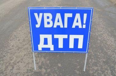Во Львове столкнулись две иномарки: четыре человека оказались в больнице