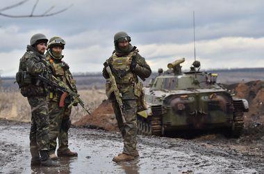 Украинских военных обеспечат жильем по стандартам НАТО – Порошенко