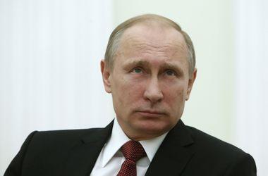 Путин: Во время аннексии Крыма ГРУ отключило связь украинской армии