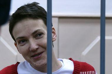 Савченко принимает детское питание и бульон, но отказ от голодовки не писала – врачи