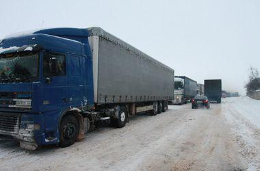 Крымская весна: снег, пробки и тысячи жителей без света