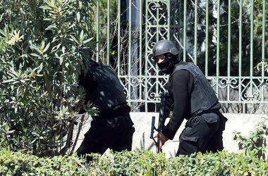 В Тунисе завершена операция по освобождению заложников, боевики убиты