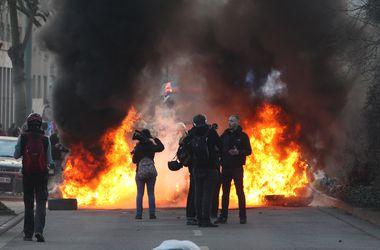Что вызвало массовые беспорядки во Франкфурте-на-Майне