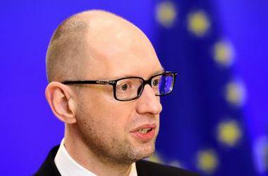 Украина надеется, что ЕС сохранит санкций против РФ – Яценюк