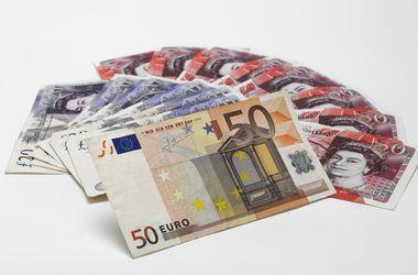 Европарламент одорбил проект финпомощи Украине