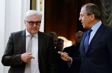 Киев должен начать прямой диалог с Донецком и Луганском – Штайнмайер и Лавров