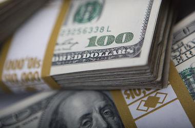 НБУ 23 марта снизил курс доллара