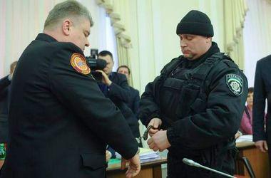 Милиция прибыла с обыском в квартиру Бочковского