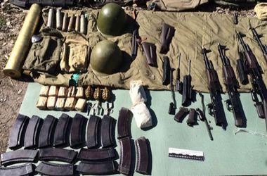 Эксперты рассказали, по чьей вине происходит контрабанда оружия из зоны боевых действий
