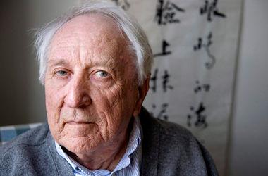 Умер лауреат Нобелевской премии по литературе Томас Транстремер