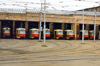 Из-за обледенения в Харькове частично не работают троллейбусы и трамваи