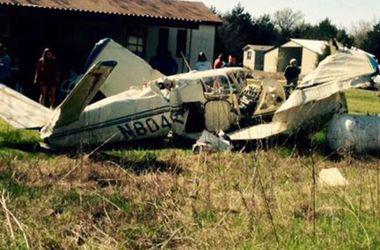 В Техасе самолет пробил крышу жилого дома: двое в тяжелом состоянии