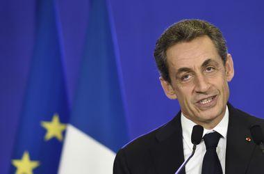 Саркози победил Олланда на региональных выборах во Франции