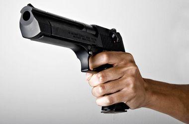 Вооружение Украины: люди массово скупают автоматы и пистолеты из-за стресса