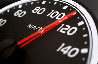С 1 апреля снимут ограничение скорости на дорогах Украины