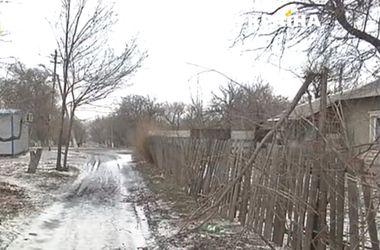 """Ураган устроил """"темную"""" в поселке Луганской области"""