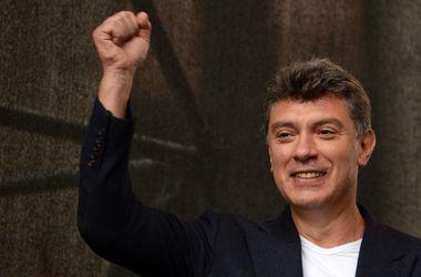 Пятерых арестованных по делу Немцова обвиняют в убийстве, совершенном организованной группой по найму