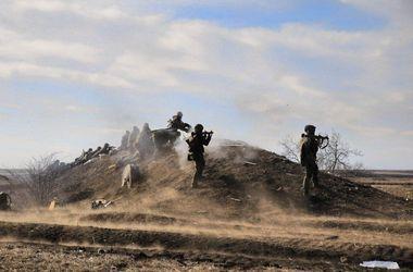 На Луганском направлении боевики совершили обстрел из минометов и угрожают наступлением