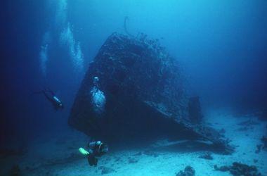 В Днепре на глубине 55 м находится взорванный махновцами мост с железнодорожным составом