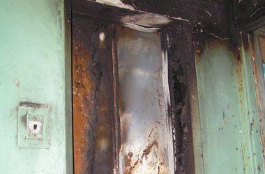 Преступники в Киеве грабят жилье, поджигая лифты и чердаки