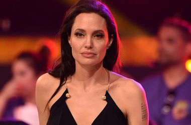 Анджелина Джоли рассказала о своей операции по удалению женских органов