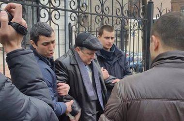 В Харьковской области мэр и три депутата попались на крупной взятке