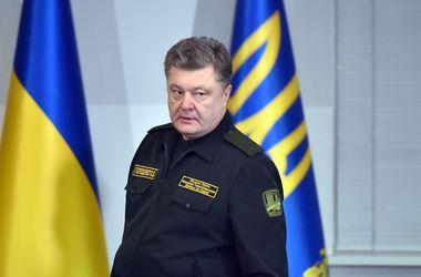 Решить ситуацию в Донбассе можно только миротворцами - Порошенко