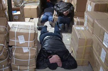 """В Одессе задержали банду, которая обчищала контейнеры с товарами на """"Седьмом километре"""""""