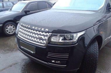 В порту Одесской области изъяли Range Rover за 3 миллиона