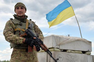 Украинские военные сняли видео минометного обстрела