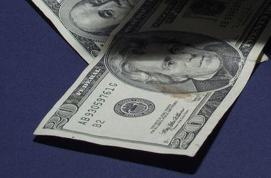"""Нардеп: """"То, что происходит с курсом доллара - это тоже реформа"""""""