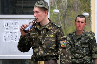 На западе Украины растет количество нарушений среди военных – прокуратура
