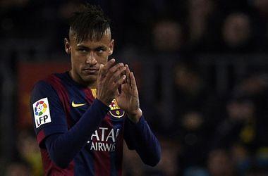 """Игрок """"Барселоны"""" Неймар выступит в качестве свидетеля в суде по делу о своем трансфере"""