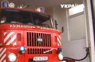 На Закарпатье священник собрал бригаду пожарных