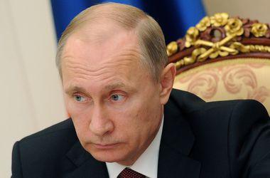 Песков рассказал, как болеет Путин