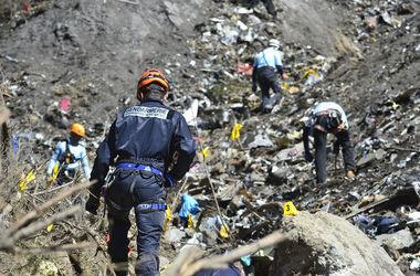 Поиск жертв крушения самолета А320 завершен во Франции
