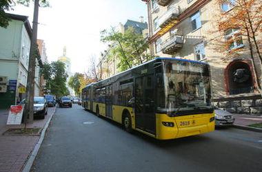В Киеве остановились троллейбусы и трамваи