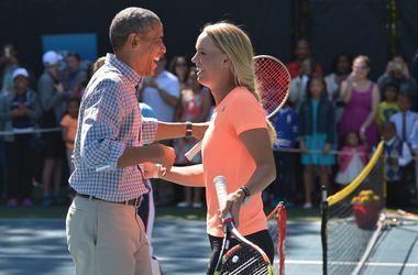 Экс-первая ракетка мира Каролин Возняцки сыграла с Обамой в теннис