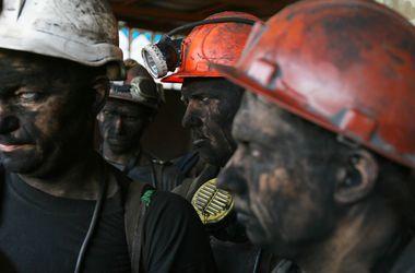 Рада нашла деньги на погашение огромных долгов по шахтерским зарплатам