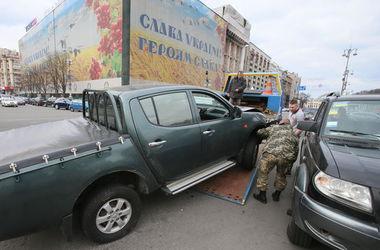 Сын Порошенко попал в аварию на Майдане