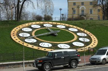 В конце апреля в Киеве отремонтируют цветочные часы