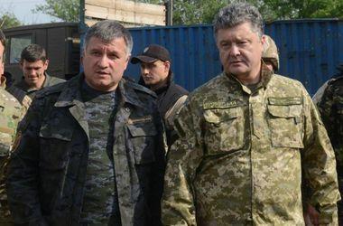 Почему Порошенко едет в Одессу: мнения политологов
