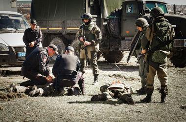 Российские внутренние войска потренировались разгонять собственный Майдан