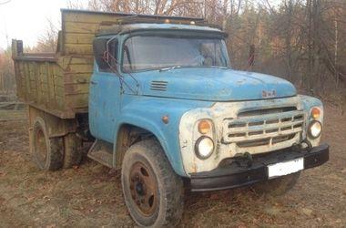 В Киеве два брата ночью угнали грузовик