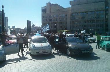 В Киеве показали необычные электрокары